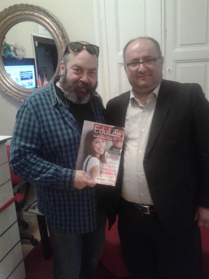 Tiyatro ve dizi oyuncusu Ali Düşenkalkar merkezimizi ziyaret etti.