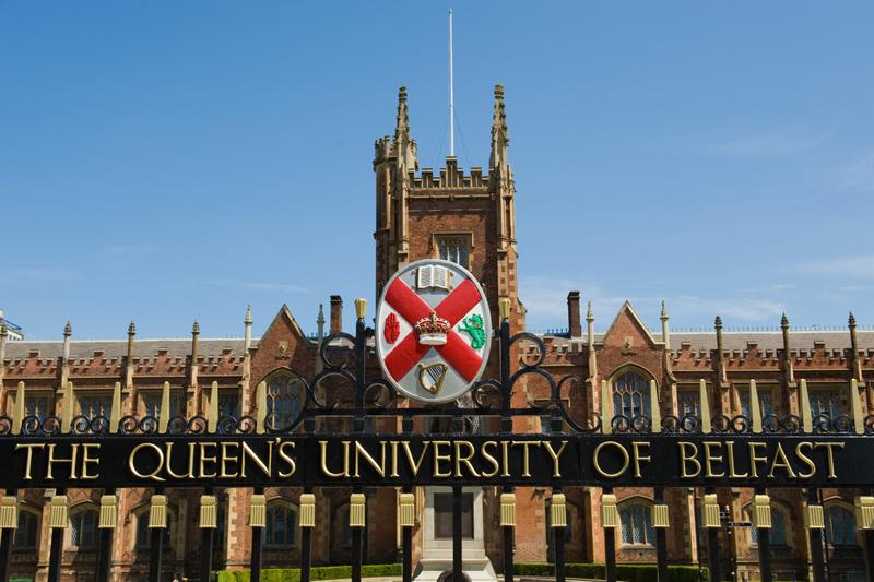 Queen's Üniversitesi